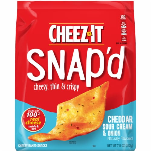 Cheez-It Snap'd Cheesy Baked Snacks Cheddar Sour Cream and Onion Perspective: left
