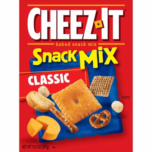 Cheez-It Baked Cheese Crackers Snack Mix Classic Perspective: left
