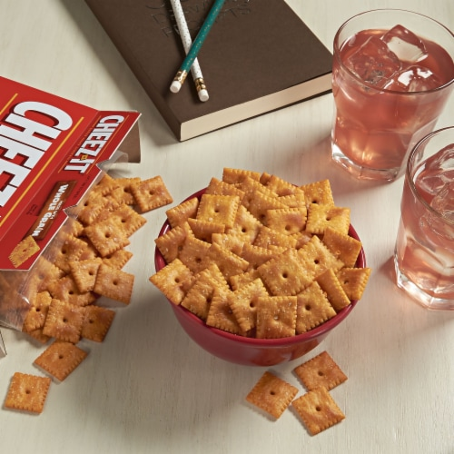 Cheez-It Baked Snack Cheese Crackers Whole Grain Perspective: left