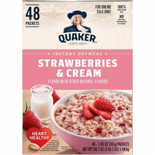 Quaker Strawberries & Cream Flavor Instant Oatmeal Perspective: left