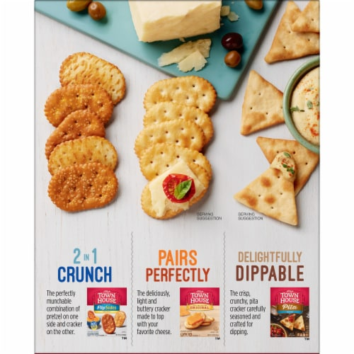 Town House Snack Crackers Original Perspective: left