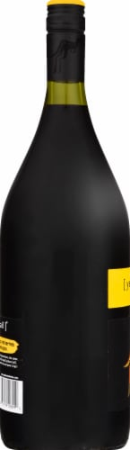 Yellow Tail Shiraz Red Wine Perspective: left
