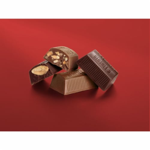Hershey's Nuggets Chocolate Candy Assortment Party Pack Perspective: left