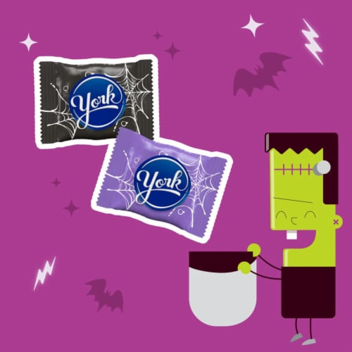 York Snack Size Peppermint Patties Halloween Candy Perspective: left