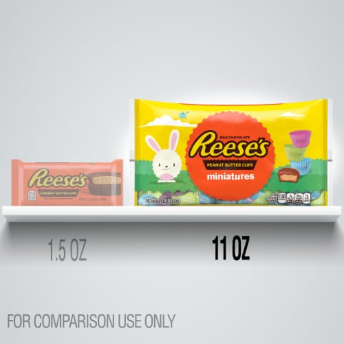 Reese's Milk Chocolate Peanut Butter Cups Miniatures Perspective: left