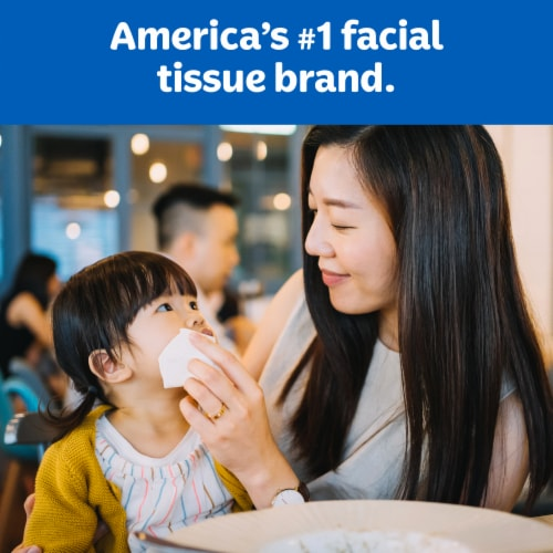 Kleenex Trusted Care Everyday Facial Tissues Perspective: left