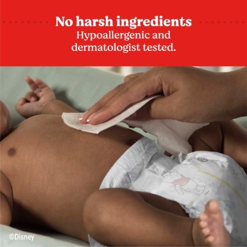 Huggies® Cucumber & Green Tea Refreshing Baby Wipes Perspective: left