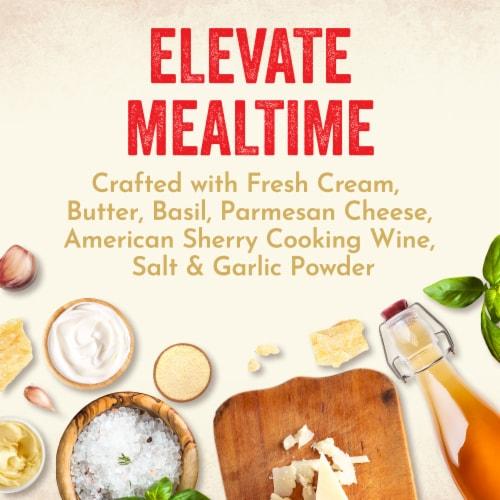 Bertolli Creamy Garlic Alfredo Sauce Perspective: left