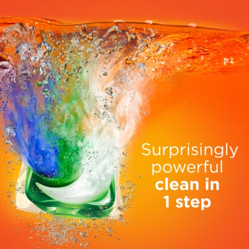 Tide PODS 3 in 1 Original Laundry Detergent Pacs Perspective: left