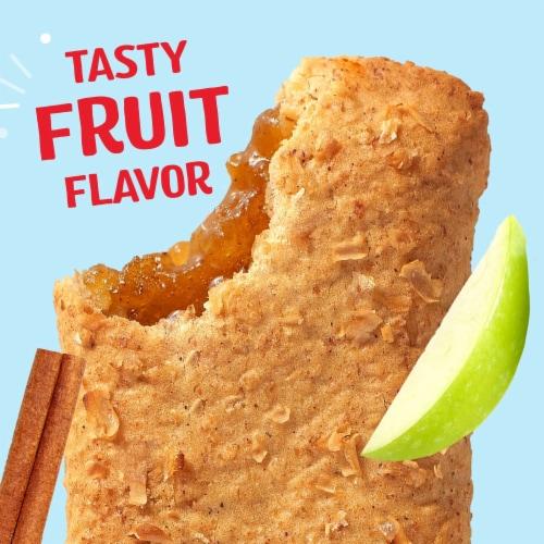 Kellogg's Nutri-Grain Soft Baked Breakfast Bars Apple Cinnamon Perspective: left