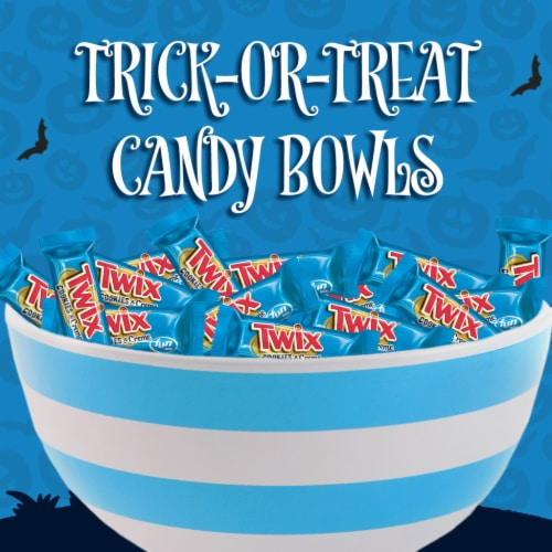 Twix® Cookies & Creme Fun Size Chocolate Halloween Candy Bars Perspective: left