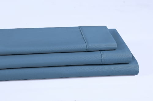 Everyday Living® Cotton/Polyester 200 Thread Count Flat Sheet - Provincial Blue Perspective: left