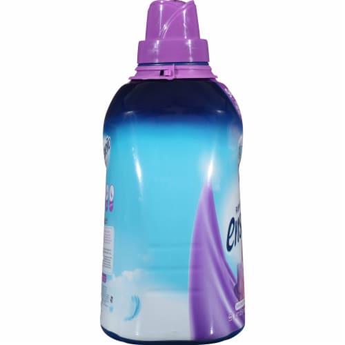 Ensueño® Max Violet Bouquet Biodegradable Fabric Softener Perspective: left