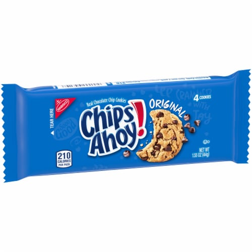 Chips Ahoy! Original Chocolate Chip Cookies Perspective: left