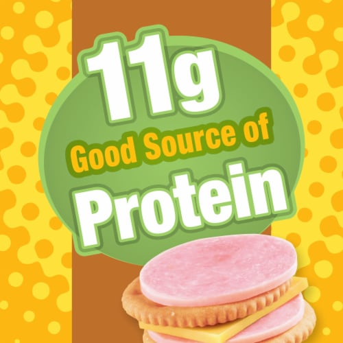 Lunchables Ham & American Cheese Cracker Stackers Snack Kit with Chocolate Sandwich Cookies Perspective: left