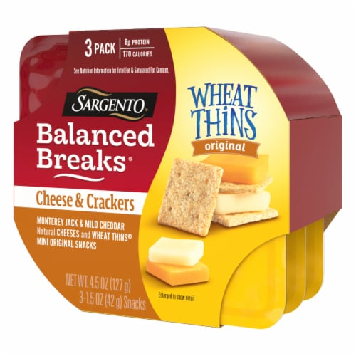 Sargento Balanced Breaks Monterey Jack and Mild Cheddar Cheese with Mini Wheat Thins Snack Packs Perspective: left