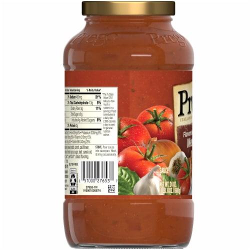Prego Plus Super Hidden Veggies Meat Flavored Sauce Perspective: left