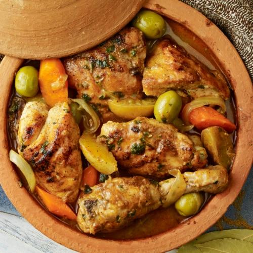 McCormick Gourmet Organic Coriander Seed Shaker Perspective: left