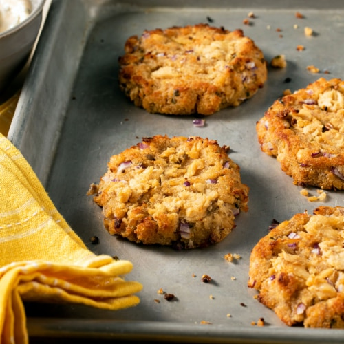 McCormick Gourmet All Natural Chives Shaker Perspective: left