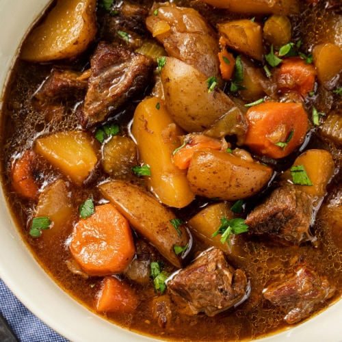McCormick Gourmet Organic Crushed Rosemary Perspective: left