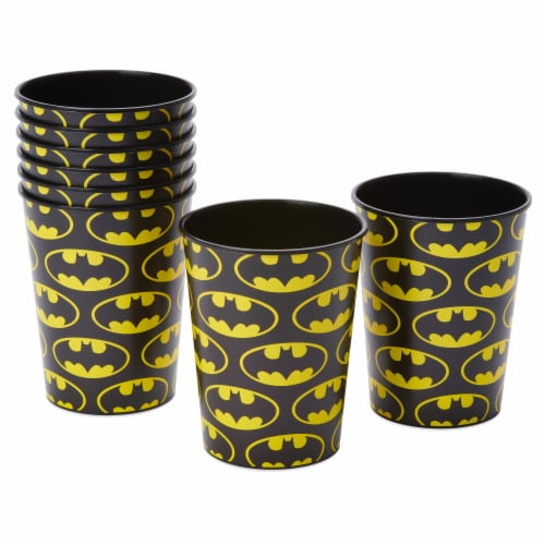 American Greetings Batman Plastic Party Cups Perspective: left