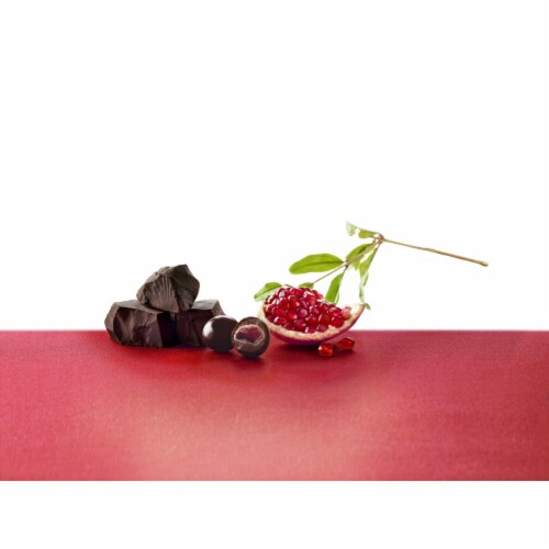 Brookside Pomegranate Flavor Dark Chocolate Perspective: left