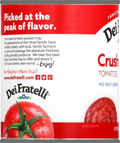 Dei Fratelli Crushed Tomatoes Perspective: left