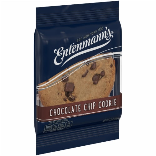 Entenmann's Chocolate Chip Cookie Perspective: left