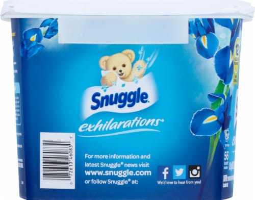 Snuggle Scent Boosters Blue Iris Bliss Concentrated Scent Pacs Perspective: left