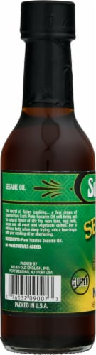 Sun Luck Pure Sesame Oil Perspective: left
