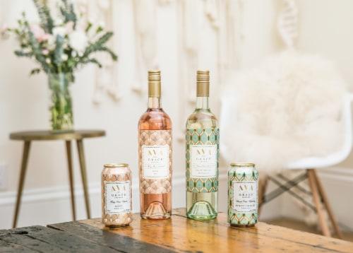 Ava Grace Pinot Grigio White Wine Perspective: left