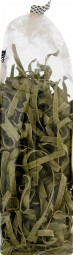 Al Dente Spinach Fettuccine Noodles Perspective: left