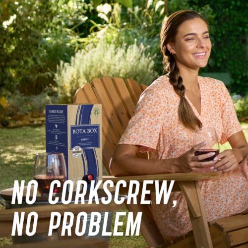 Bota Box Merlot Red Wine Perspective: left