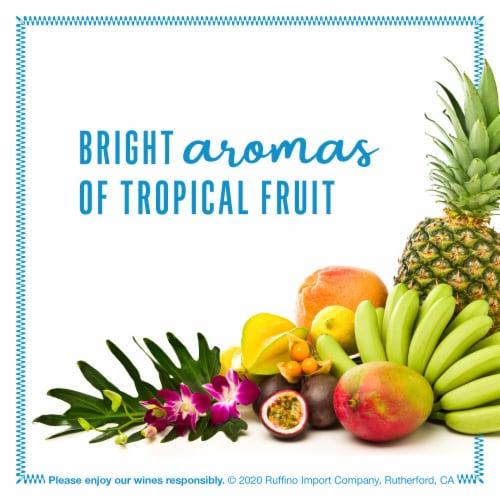 Ruffino Lumina Pinot Grigio White Wine Perspective: left