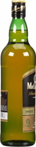 Clan MacGregor Blended Scotch Whisky Perspective: left