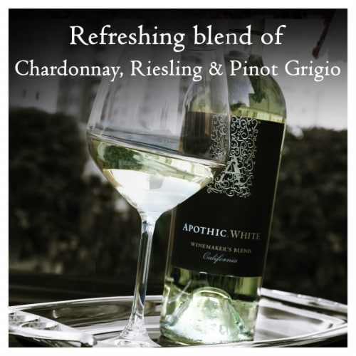 Apothic White Blend White Wine Perspective: left