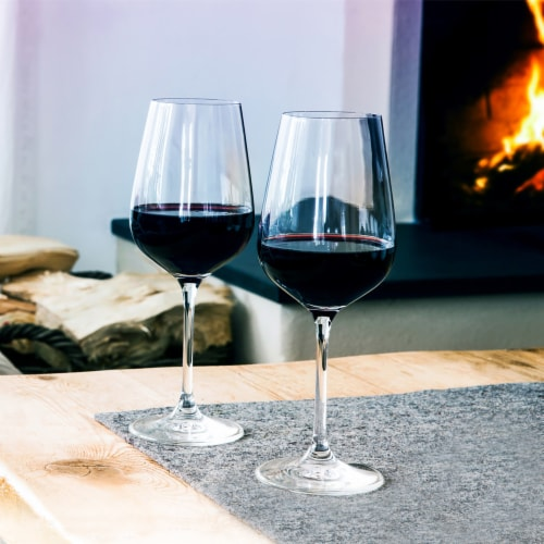 Ravage Dark Red Blend Wine Perspective: left