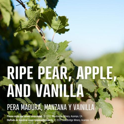 Woodbridge by Robert Mondavi Chardonnay Wine Box Perspective: left