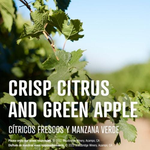 Woodbridge By Robert Mondavi Lightly Oaked Chardonnay White Wine Perspective: left