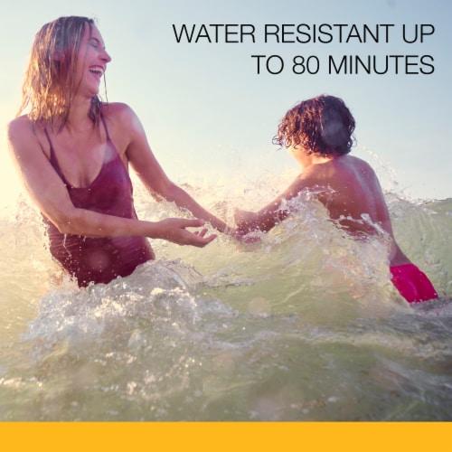 Neutrogena Beach Defense SPF 30 Sunscreen Spray Perspective: left