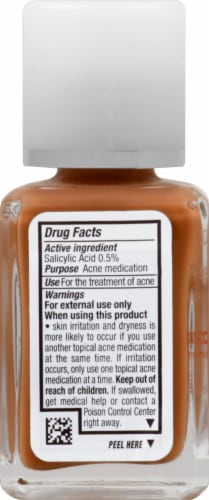 Neutrogena SkinClearing 135 Chesnut Oil-Free Makeup Perspective: left