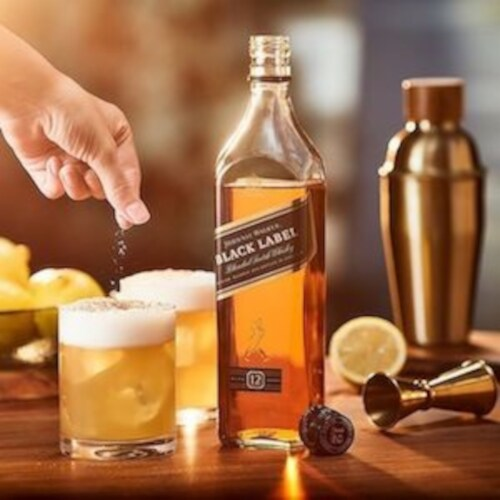 Johnnie Walker Black Label Blended Scotch Whisky Perspective: left