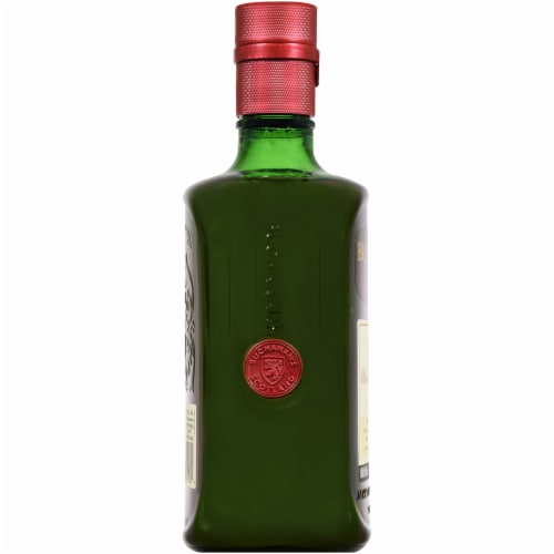 Buchanan's Deluxe Blended Scotch Whisky Perspective: left