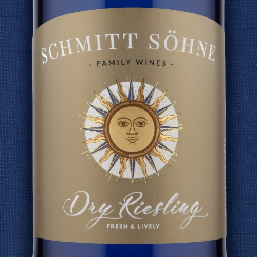 Schmitt Sohne Dry Riesling White Wine Perspective: left