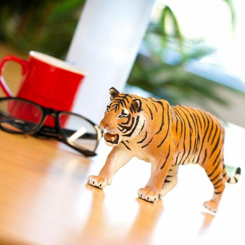 Siberian Tiger Toy Perspective: left