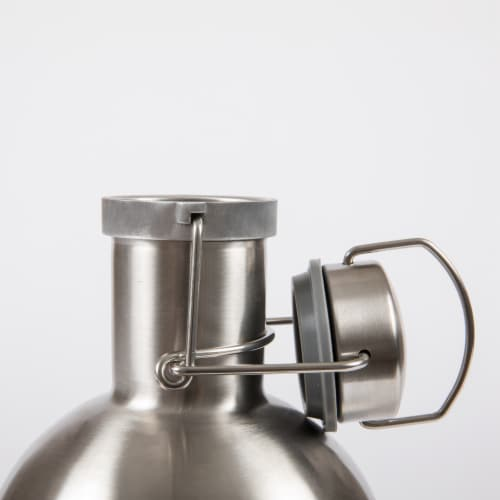 Stainless Steel 64 oz. Growler, Silver Perspective: left