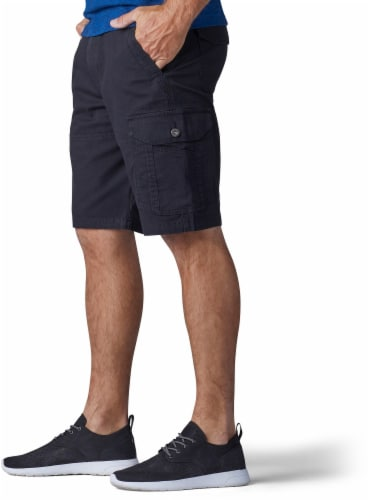 Lee Men's Extreme Motion Swope Shorts - Black Perspective: left