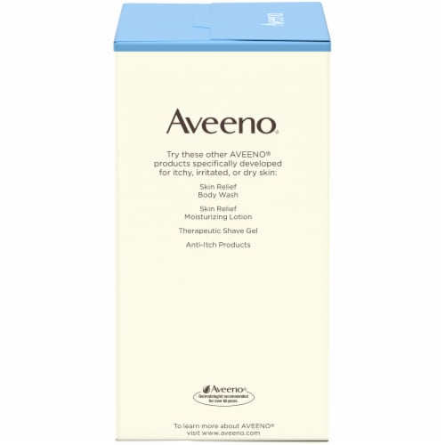 Aveeno Single Use Colloidal Oatmeal Skin Protectant Soothing Bath Treatment Packets Perspective: left