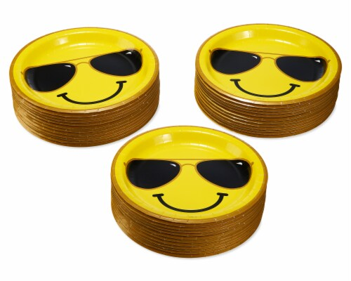 American Greetings Smiley Face Dinner Plates Perspective: left
