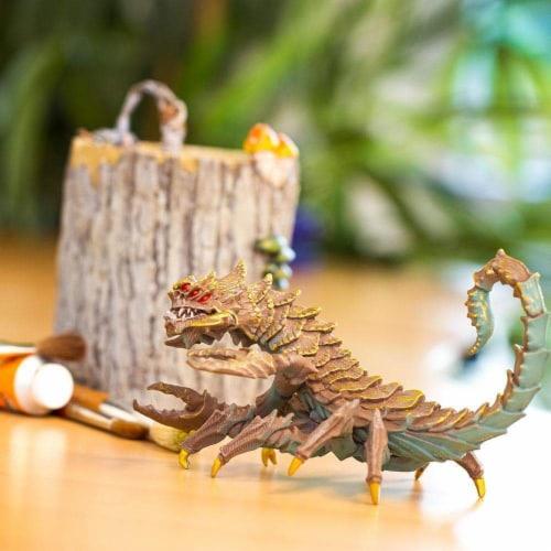 Desert Dragon Toy Perspective: left